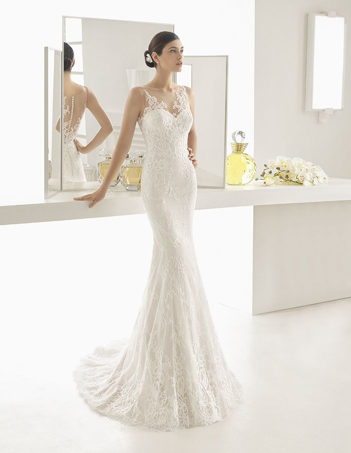 Ocal - Mermaid-style beaded lace dress with sweetheart neckline and tattoo-effect back, in nude and natural.