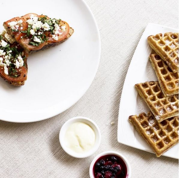 Let's start today with freshly made breakfast… Photo shared by Annalaurakummer  www.villakubu.com/oasis-restaurant #breakfast #roomservice #theoasisrestaurant #culinary #villakubu #seminyak #bali #travel #balifoodbible