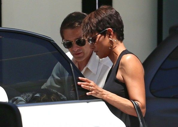 17 Best ideas about Halle Berry Olivier Martinez on ...