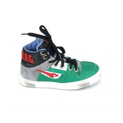 Halfhoge boots van Red Rag, model 4462! Deze jongens schoenen zijn van leer en hebben een uitneembaar voetbed. De tong en ook de bovenkant v...