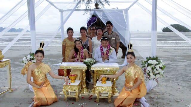 Krabi Beach Wedding Package : Rinda + Joey on August 02, 2016 : Thailand Marriage Planner & Organizer  More Detail @ http://www.thailand-wedding.com/destination/krabi.html
