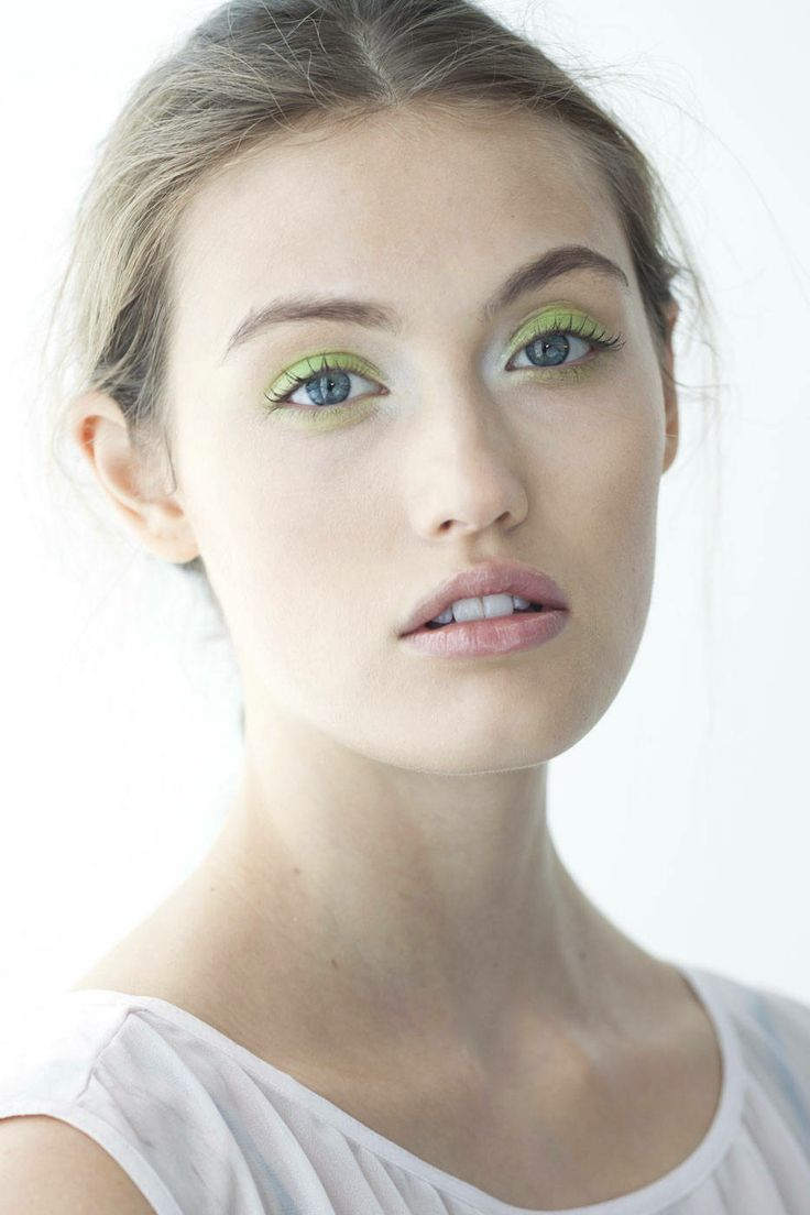 The Best Makeup Looks from Spring 2014: Pastel Wash of Color
