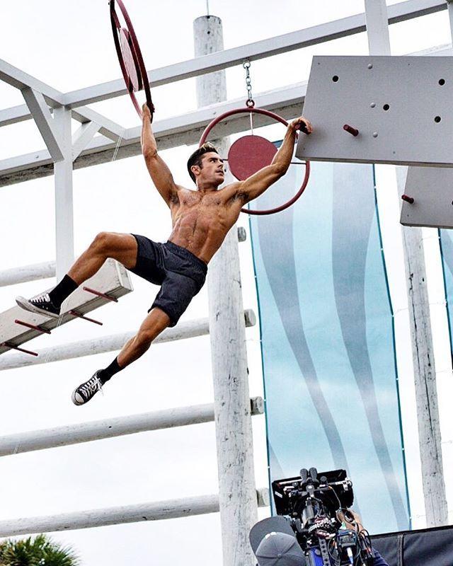 FOTOS: ¡Zac Efron tiene que parar!