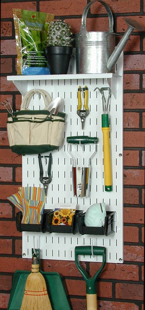 1000 images about garden tool storage on pinterest for Gardening tools organizer