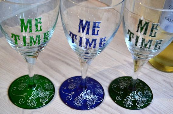 Wedding Gift Ideas For Nature Lovers : 17 best ideas about Hand Painted Wine Glasses on Pinterest Painted ...