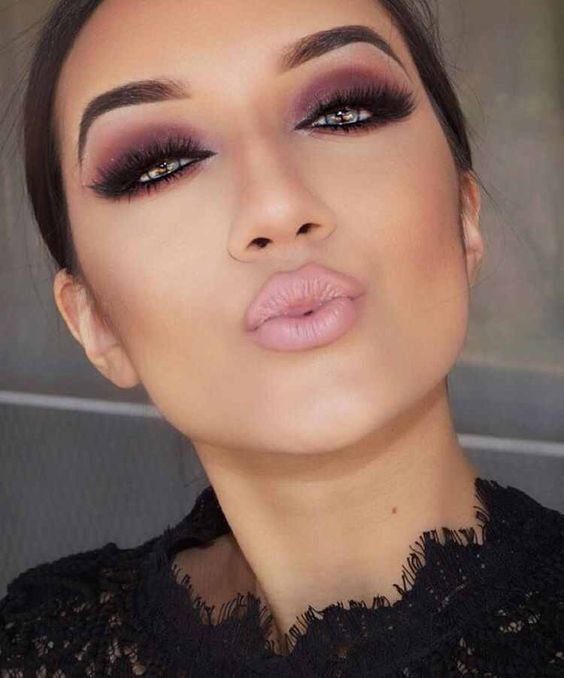 Try bold lips - The perfect makeup tips for a party must include bold lips. Try out shades of plum, deep orange or even fuchsia to get that modern look trending in the party circuits. Apply balm to your lip so that the colour is sheered out. If you desire a softer effect on your lips then apply the lipstick using your fingers.