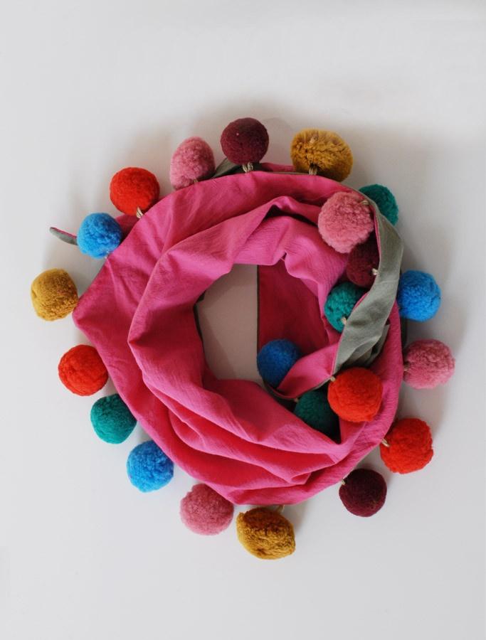 pompom | scarf