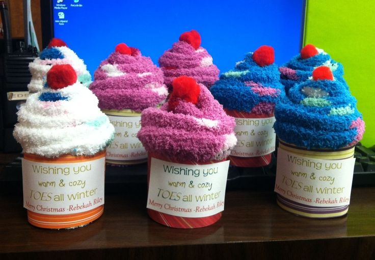 10 Lovely Christmas Gift Ideas For Employees office gift ...