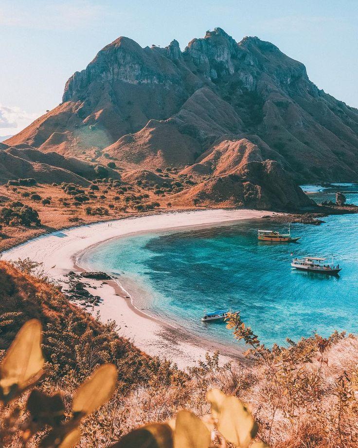 Cruising in Kelaerin: Bali to Flores