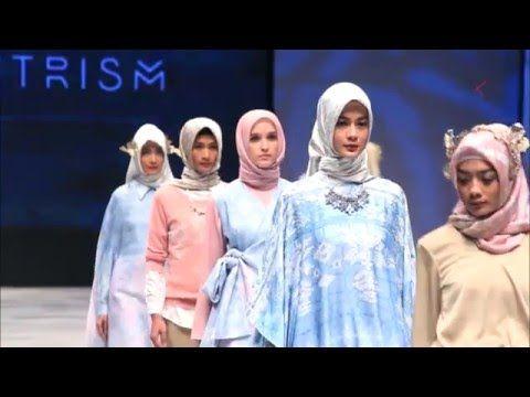 INDONESIA FASHION WEEK 2016 - RIA MIRANDA, ZASKIA SUNGKAR,VIVI ZUBEDI - http://somecosmiclove.com/indonesia-fashion-week-2016-ria-miranda-zaskia-sungkarvivi-zubedi/