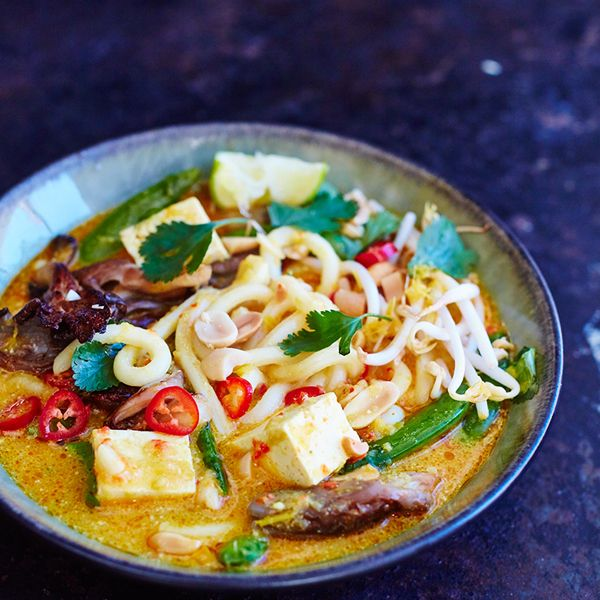 I love adding cubes of tofu to a noodle soup like this one: the gluten-free noodles and protein are sustaining, making me feel full, while the soup itself is full of gorgeous flavour from the chilli, turmeric and lemongrass. It's a recipe that offers a wonderfully nutritious meal, makes a great alternative for vegetarians and gives a boost to the beauty of the skin as well.