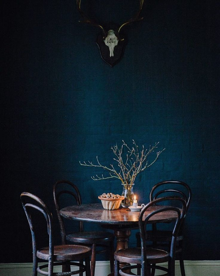One wall down three to go! Absolutely adore the moodiness of this dark blue for my living room... Follow along on snapchat: marie_forsberg for behind the scenes... #farrowandball #mynewhome #dareisaysnapchat Paint color Hague Blue from @farrowandball by marte_marie_forsberg