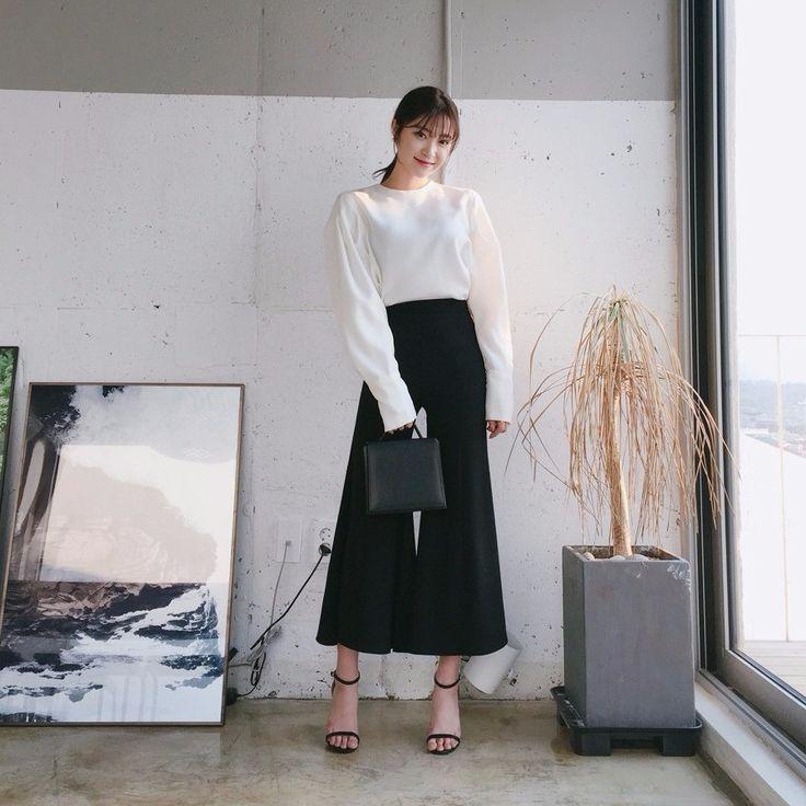 ♡ブーツカットスラックスパンツ♡ #レディースファッション #ファッション通販 #ファッショントレンド #新作 #最新 #モテ服 #韓国ファッション #韓国レディース通販 #ootd #wiw  #fashionaddict #womensfashion #fashion  https://goo.gl/pTZOZN