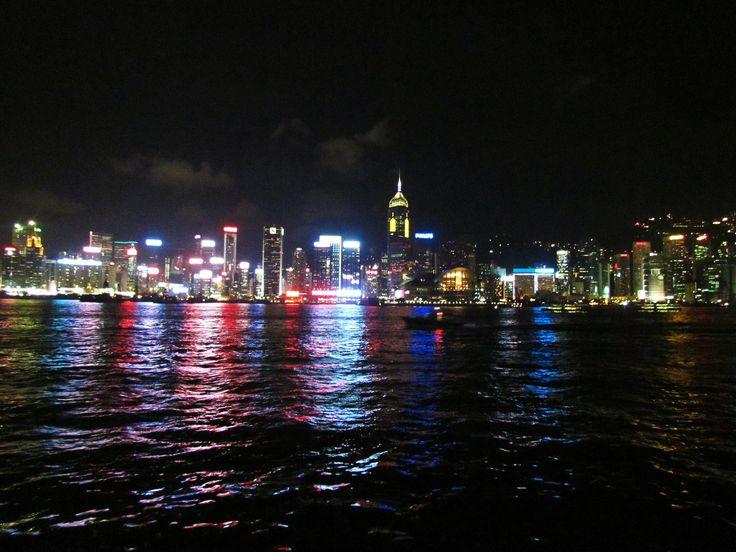 http://dunnowhatiwannado.tumblr.com/  Hong Kong 2011