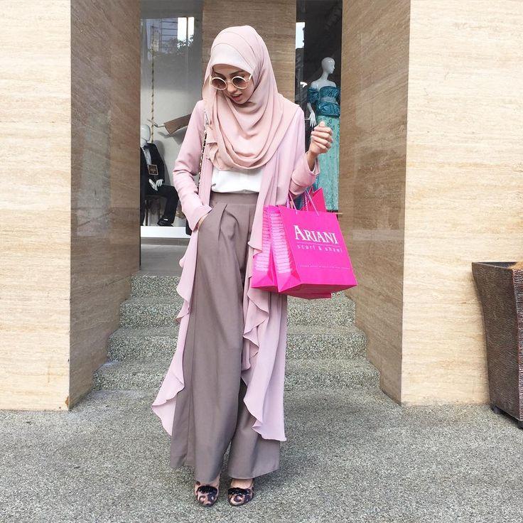 Hijab Style by https://www.instagram.com/nononesss/