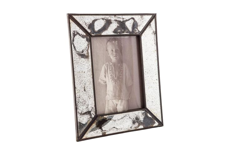 Picture frame from Becara