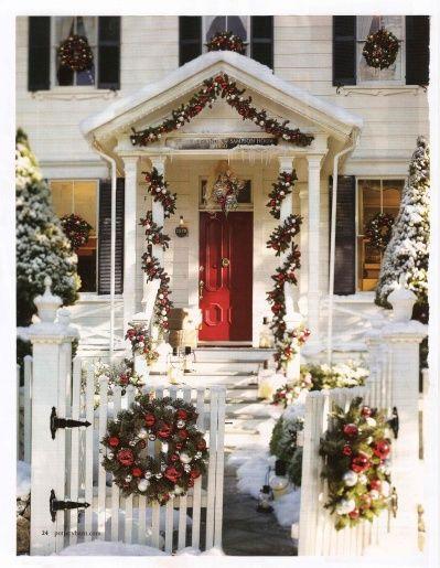 Christmas DecorHoliday, Red Doors, Christmas Time, Decor Ideas, Christmas House, Front Doors, Christmas Decor, Outdoor Christmas, Pottery Barns
