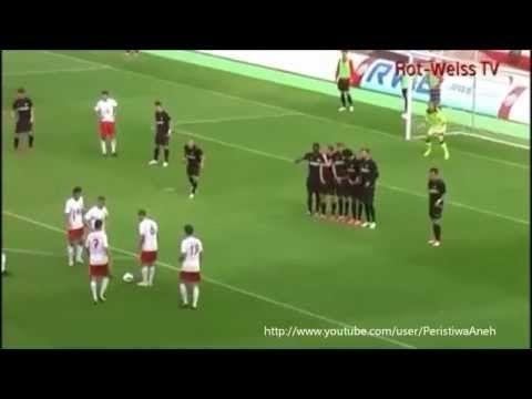 Gol paling aneh dan fenomenal dalam Sejarah Sepak Bola - Video Lucu Banget