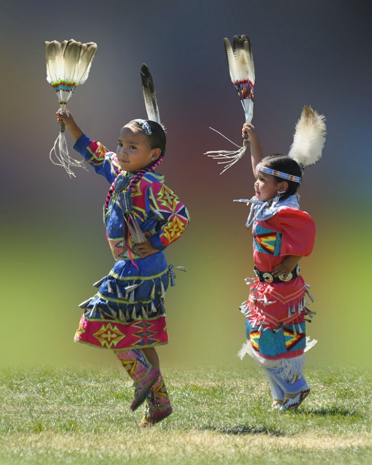 2012 Julyamsh PowWow.  Pinned by indus® in honor of the indigenous people of North America who have influenced our indigenous medicine and spirituality by virtue of their being a member of a tribe from the Western Region through the Plains including the beginning of time until tomorrow.