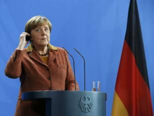 German Chancellor Angela Merkel called on Saturday for better protection at the European Union's external borders in order to maintain the passport-free Schengen zone.
