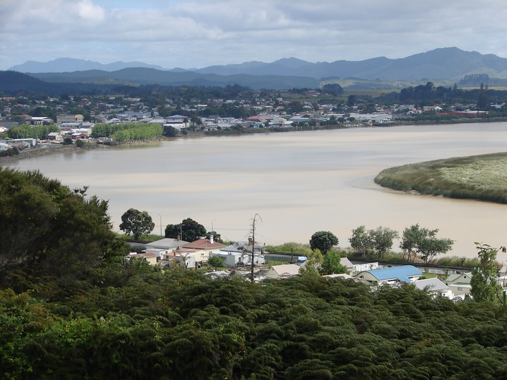 Dargaville on the mighty Northern Wairoa River, Northland, New Zealand - Photo Theresa Sjoquist - www.dwordle.com