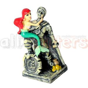Disney 39 the little mermaid 39 ariel with eric fish tank for Little mermaid fish tank decor