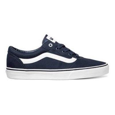 ¡Los clásicos nunca pasan de moda! #vans #zapatos #tenis #calzado #él #caballero #hombre #moda #estilo