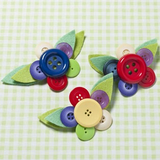button brooches tutorial - perfect for little girl hair things