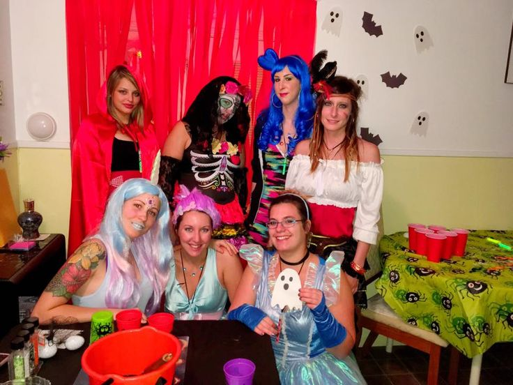 Mes girls !! Halloween Party