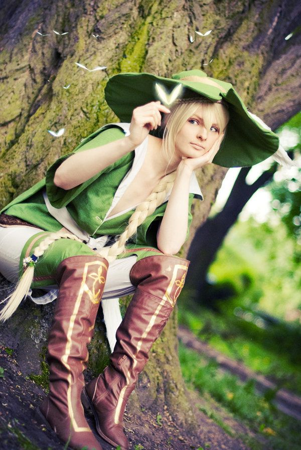 photo and edit by (my sister in heart) costume made by me me as Yunan from  Magi - the Labyrinth of Magic For those who havn´t read the actual chapters  yet, ...
