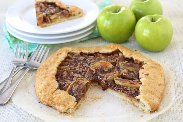 Apple Toffee Galette ~ Tender sweet apples with melted toffee and ...