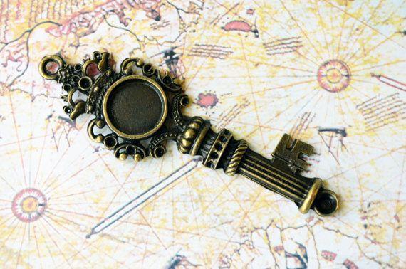 Skeleton Key Pendant Jewelery Accessories by PrettyTurkishThings, $2.00