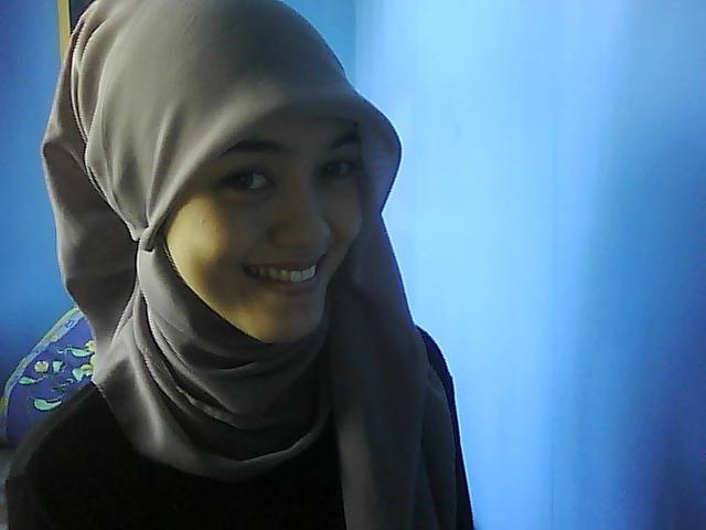 L O O K !: square hijab Tutorial