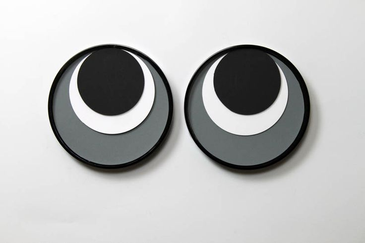 78 EURO popeye clock keeps your eye on the time (two pack) | Designboom Shop