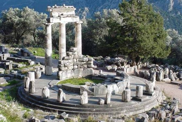 The sanctuary of Athena Pronaia – Delphi – Greece