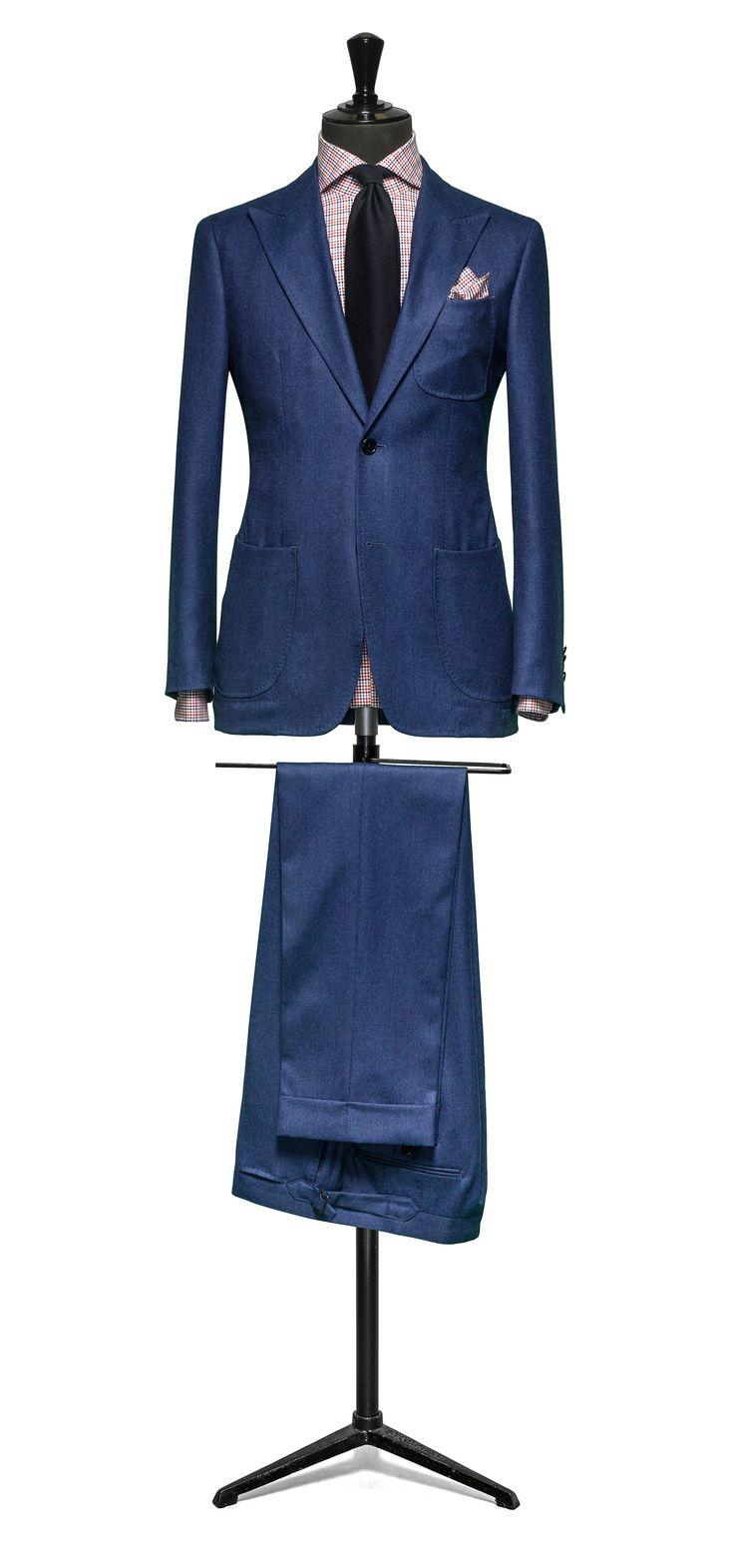 Blue suit Plain flannel S120 http://www.tailormadelondon.com/shop/tailored-suit-fabric-4326-plain-blue/