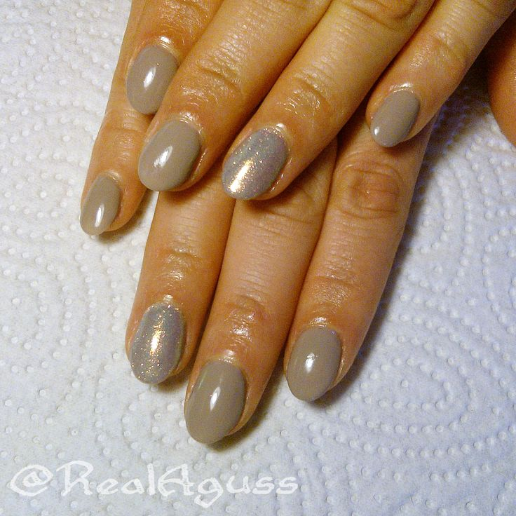 "Gel polish I did on my mom using @semilac in Little Stone ""140  #semilac #semigirls"