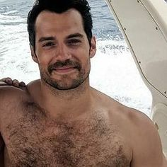 """352 Likes, 10 Comments - Henry Cavill Latinfans (@henrycavilllatinfans) on Instagram: """"Que hermoso ❤"""""""
