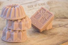 SAF SAVON ARGILE ROSE LAIT D'amande cremeux cold process soap lavande et coquelicot