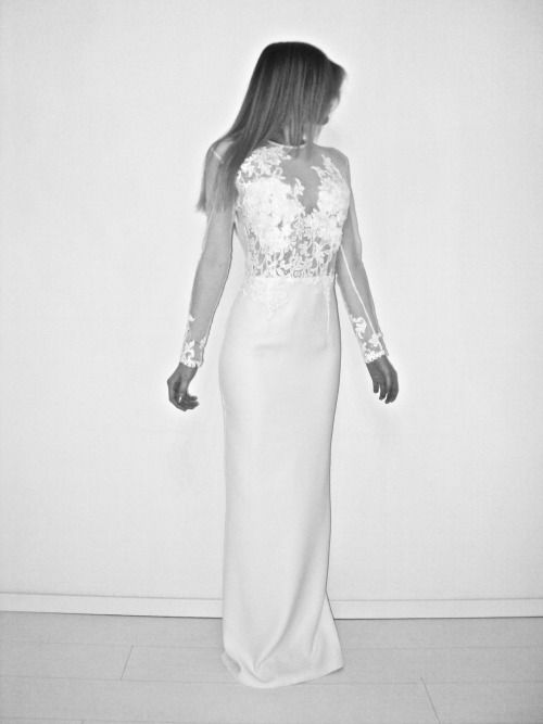 Nora Sarman Bridal collection / photo Pinewood Weddings / dress Amazon