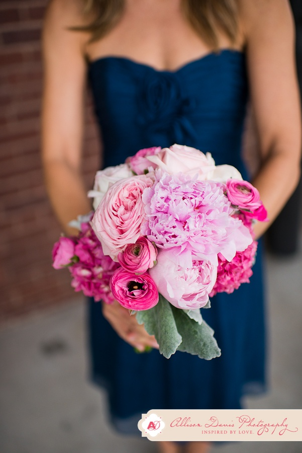 pink and fuchsia bouquet navy and pink wedding