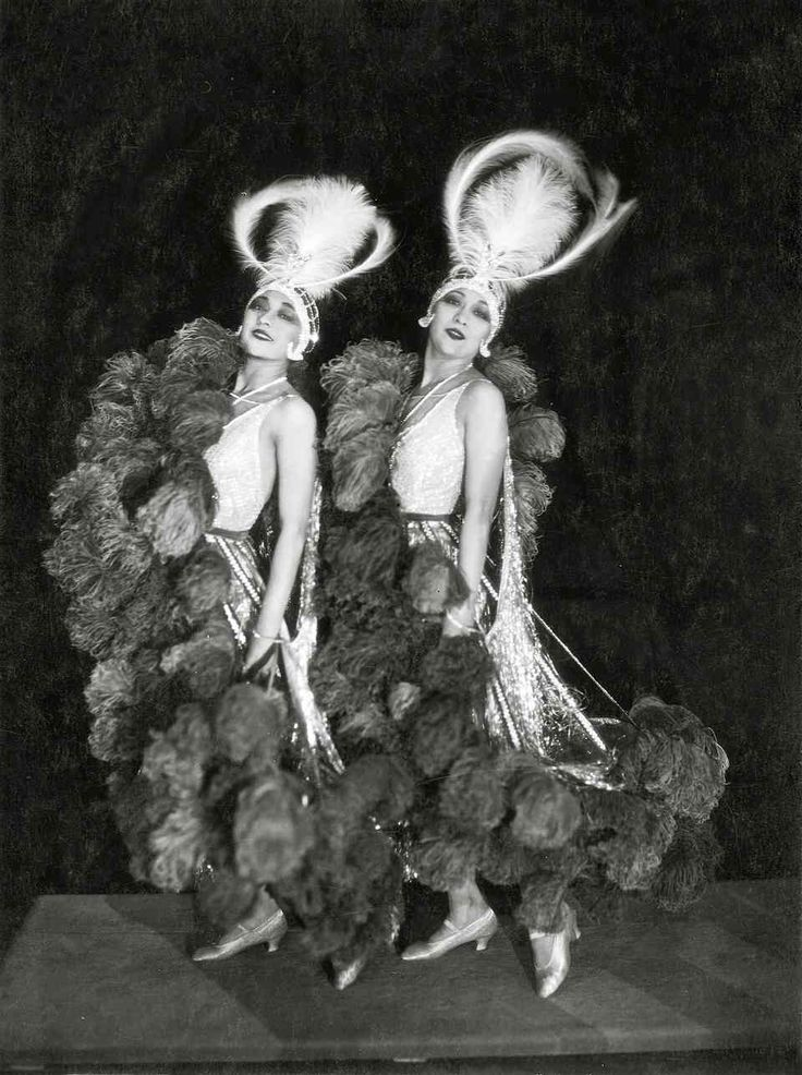 The Dolly Sisters in 1923