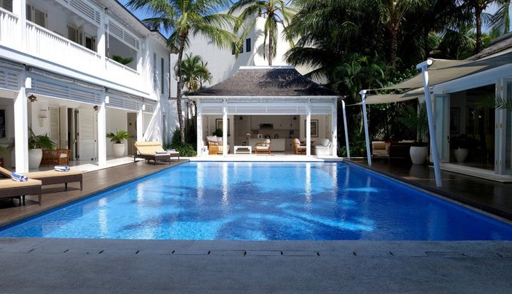 Villa Lulito pool day