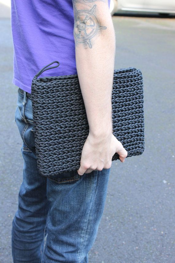 This listing is for a 13 inch laptop case made out of black paracord with a wooden toggle closure. Made out of over 400ft of paracord and can come apart in seconds (but wont unless you try.) Great case for the rough sort, its sturdy and unique. Great gift for your colleagues or for your childrens (or husbands!) first day of college! 550 lb test, 7 strand core. 100% nylon *Washing Machine Safe* We can also do this in a two-tone! Thanks for viewing