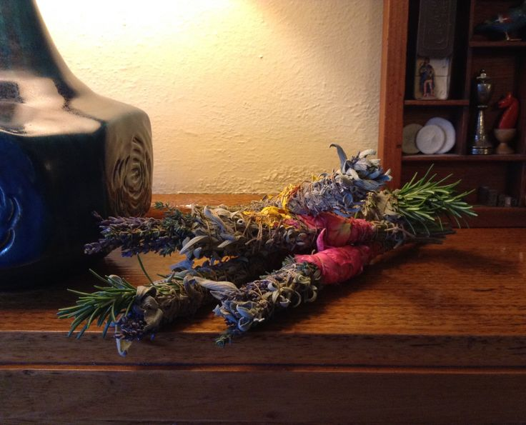 My handmade smudges. Sage, thyme, lavender, rose petals, sage flowers, Rosemary, tied with Tibetan hand-spun nettle twine.