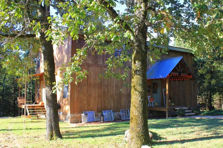 If you're looking for a quiet & tranquil country home, look no further! This 2,400 sq. ft., 3 bed 2 bath home sits on 17.27 wooded acres in the Cave City area. The house features more Country Style Details than Pinterest! From the claw foot tubs in both bathrooms to the rustic wood fireplace, it's the picture of Southern Living. The interior boasts a large Country Kitchen complete w/ a wood oven & pantry, a huge master suite and a cozy living room w/ a built in library in Sulphur Rock AR