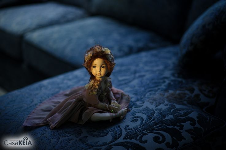 Montedragone porcelain doll