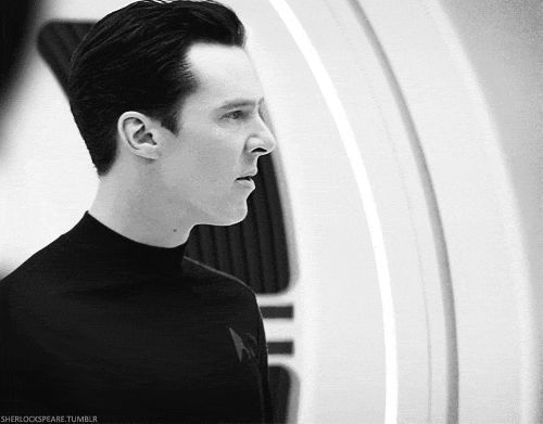 Star Trek Into Darkness- Benedict Cumberbatch as Khan spelling out the situation