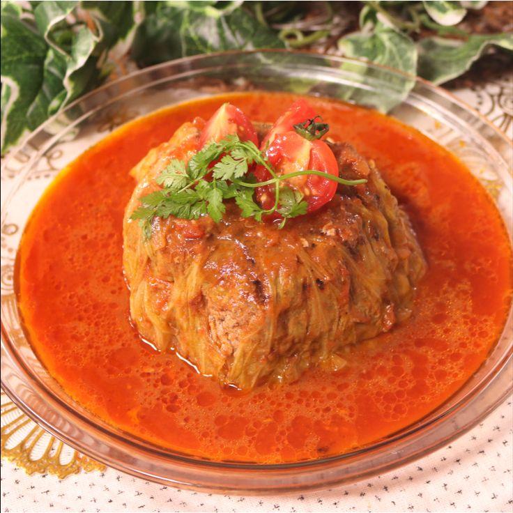 「炊飯器で!巻かないロールキャベツ」の作り方を簡単で分かりやすい料理動画で紹介しています。炊飯器レシピシリーズ!今回は、巻かないロールキャベツです。トマトベースのスープはシンプルな味付けですがお肉とキャベツのダシが出ていてとても美味しいですよ。温まりたい季節にぴったりのレシピです。ぜひお試しください。