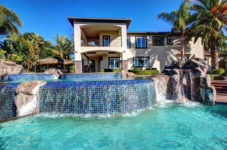 Dream House With Pool Houses With Giant Outdoor And Indoor Pools Google Search Pool Houses Big Houses With Pools Indoor Pool